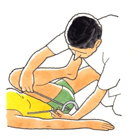 股関節の膝屈曲