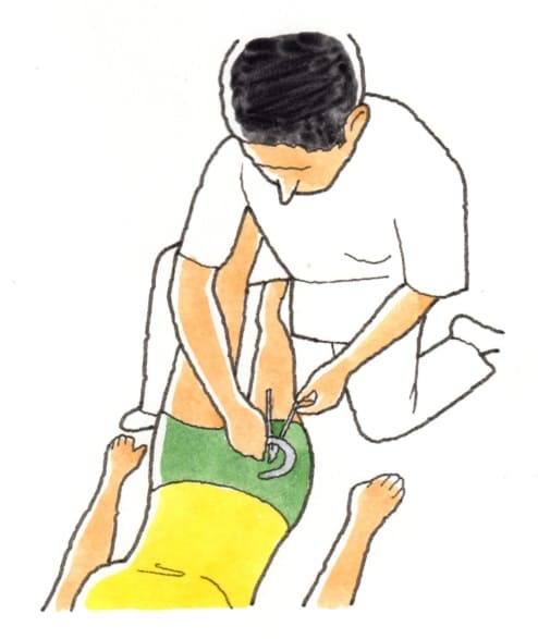 股関節の内転