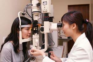 細隙灯顕微鏡検査